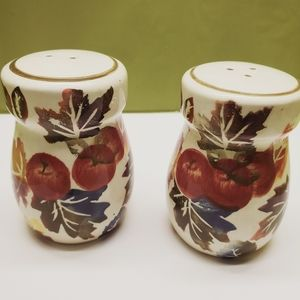 WCL Fruit Print Salt & Pepper Shakers